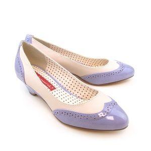 B.A.I.T Footwear Lilac Two Tone Kitten Heels 6.5